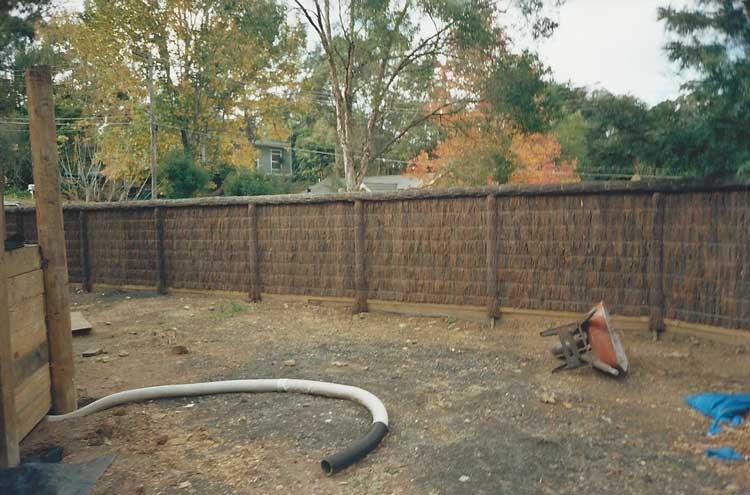 fence-brush-construction
