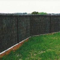 brush-fence-with-grass
