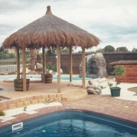 brushwood-pergola-and-pool